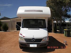2001 Mercedes Marangaroo Wanneroo Area Preview
