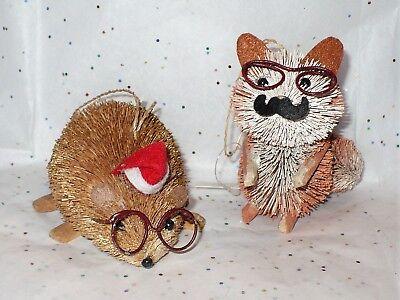 2 CHRISTMAS BURI BOTTLE BRUSH ANIMALS TREE ORNAMENTS BEAVER FOX NIB ()