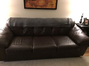 Leather couch , must go by Monday!