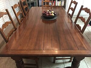 Solid wood kitchen/dining room table set