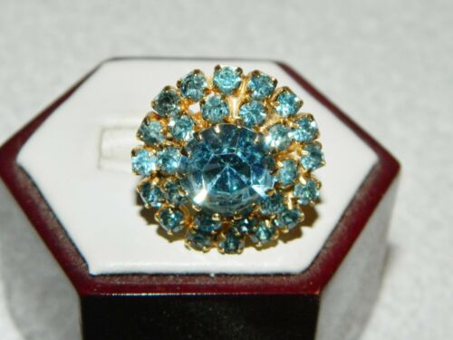 Blue Rhinestone Flower Starburst Goldtone Adjustable Costume Ring