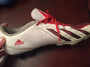 Adidas Cleets size 9.5