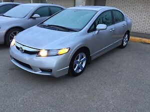 2011 Honda Civic LOW KMS Financing available