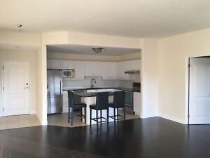 Incl. 2 bed in sought-after downtown building-505-350 Wellington