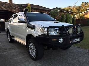 Toyota Hilux SR5, Auto, my09 Series 2 lots of extras Yagoona Bankstown Area Preview