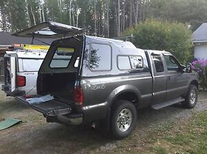 2006 Ford F-250 XLT 4x4 with 8' Arctic HD plow Peterborough Peterborough Area image 6