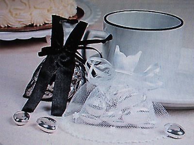 20 BRIDE and GROOM FAVOR BAGS Satin & Tulle wedding table bridal shower party  - Bride And Groom Table
