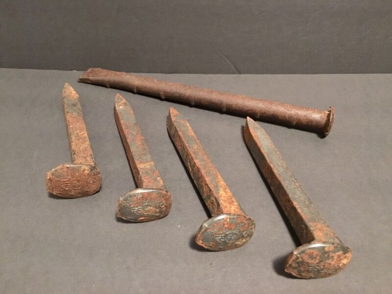 Vintage Antique Cast Iron Metal Railroad Spikes & Nail Lot of 5 Rustic Home Deco