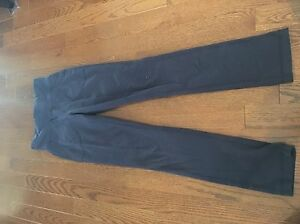 Lululemon Still pant Size 2 Kingston Kingston Area image 1