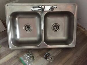 Double Stainless Steel Sink with Clips and Plugs