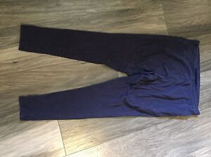 Maternity clothes size small London Ontario image 3