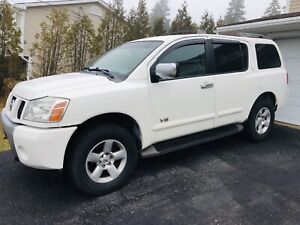 2006 Nissan Armada SE with 3 row seating!!