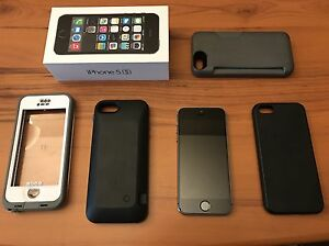 Black iPhone 5S 16GB Telus/Koodo Edmonton Edmonton Area image 1