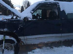 1993 Yukon runs but as damage