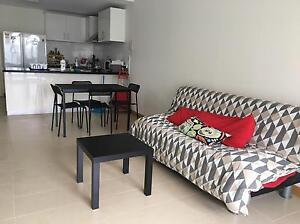 Roomshare available - Girls Perth Perth City Area Preview