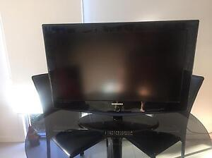 "32"" Samsung LCD TV Merrimac Gold Coast City Preview"