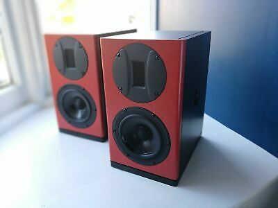 Royd Audio Atom - ported loudspeaker with ribbon tweeter based on the Minstrel