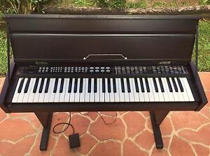 Electric Keyboard Wattle Grove Liverpool Area Preview