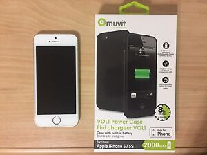 Unlocked iPhone 5s 32GB 10/10 + BRAND NEW Charging Case