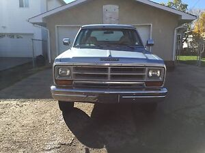 1989 DODGE RAMCHARGER 4X4 GREAT SHAPE Edmonton Edmonton Area image 2