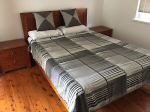 QUEEN SIZE BEDROOM SUITE (Can Delivery) Prestons Liverpool Area Preview