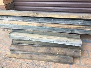 Treated Pine Logs Hammondville Liverpool Area Preview