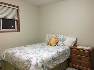Southside Meadows: Room for rent (Preferably Filipina)