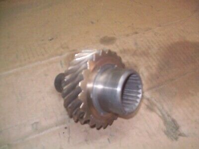 Oliver 1850 Farm Tractor Diesel Injection Pump Drive Gear