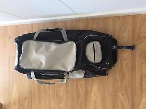 SOFTBALL BAG, LARGE WITH WHEELS Rosewater Port Adelaide Area Preview