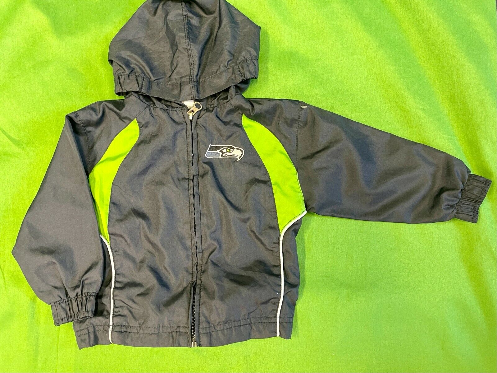 B622/140 NFL Seattle Seahawks Toddler Windbreaker Jacket 24 months