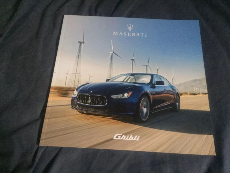 2017 Maserati Ghibli USA Market Color Brochure Catalog Prospekt