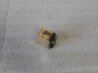 Omron Flange Mount Relay, LY4F, 100/110 VAC, 14 Pin, Used, Warranty