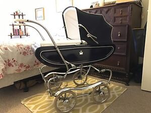*SOLD* Vintage Baby Carriage Gendron Canada