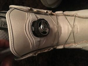 Used DC Snowboard Boots W7.5