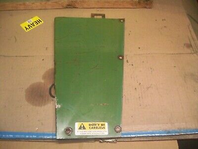 Oliver 16501655 Farm Tractor Front Right Side Panel