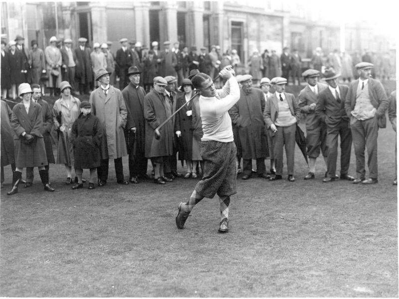 Bobby Jones At St Andrews With Harry Vardon Watching 8x10 Picture Celebrity Prin