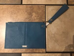 Jewell By Thirty One Leather Blue Purse For Sale - Brand New!