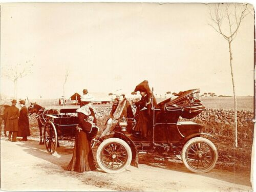 66095. Original Photo of Early Automobile circa 1905 Italy note woman driving!