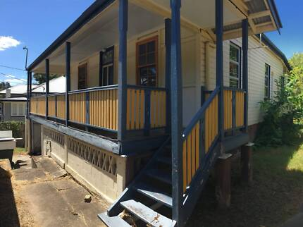4 bed Queenslander for removal