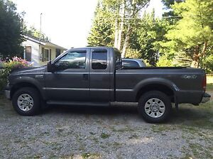 2006 Ford F-250 XLT 4x4 with 8' Arctic HD plow Peterborough Peterborough Area image 4