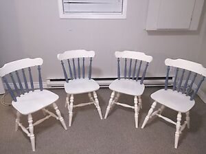 Table and four chairs for sale!! Price reduced need gone.  St. John's Newfoundland image 1