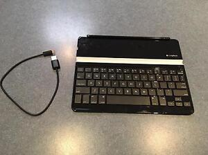 iPad magnetic keyboard from Logitech Killarney Vale Wyong Area Preview