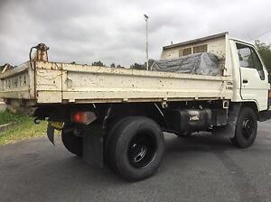 TOYOTA DYNA TINy TIPPER use car lic GVM 4450 Wollongong Wollongong Area Preview