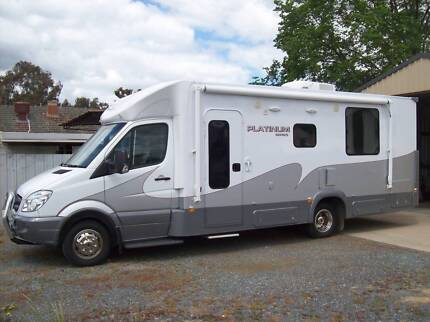 JAYCO CONQUEST MOTOR HOME 2012