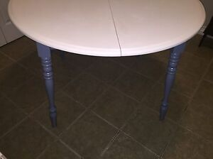 Table and four chairs for sale!! Price reduced need gone.  St. John's Newfoundland image 4