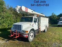 1998 International 4900 52' Altec Bucket Boom Truck Over Center Diesel Auto A/C