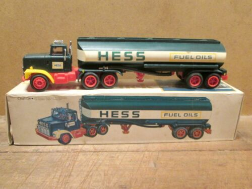 1977 HESS TRUCK in Original Box w/ Inserts, HESS GAS STATIONS