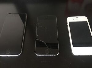 Selling iPhone 6, iPhone 5s and iPhone 4s for parts London Ontario image 1