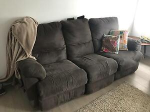 3 seater couch sofa Cronulla Sutherland Area Preview