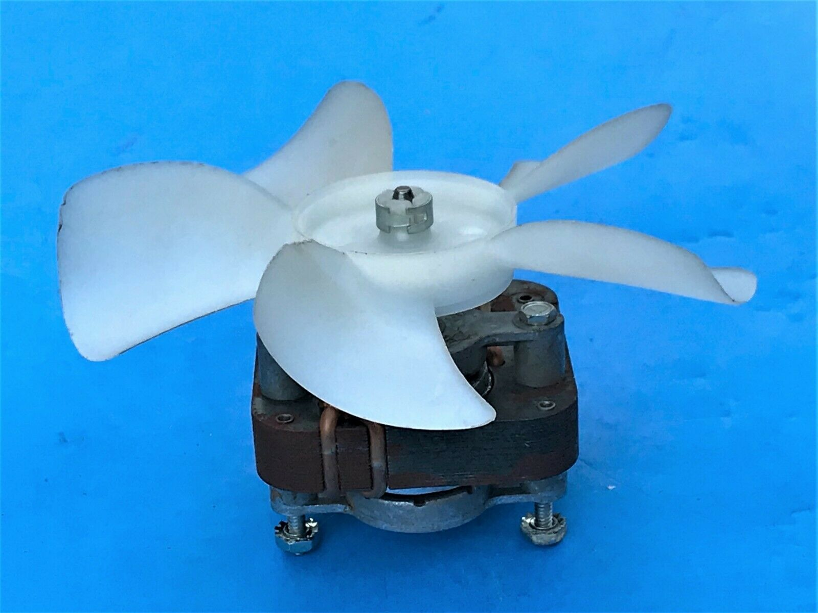 Elkay 98788C LEXEL CORP Item 48-B-79 Fan Motor Kit - $4.77